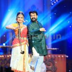 Mohanlal and Asha Sharath at Asianet Film Awards 2016