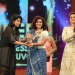 Parvathi at Asianet Film Awards 2016